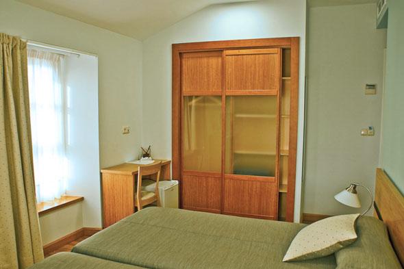 Hotel palacio de gara a en pr a llanes asturias for Llanes habitaciones