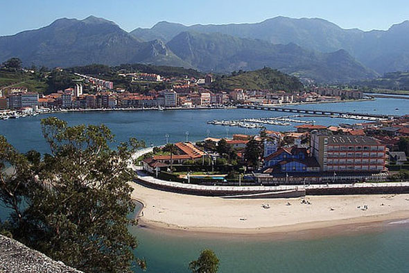 Hotel palacio de gara a en pr a llanes asturias for Estancia en llanes